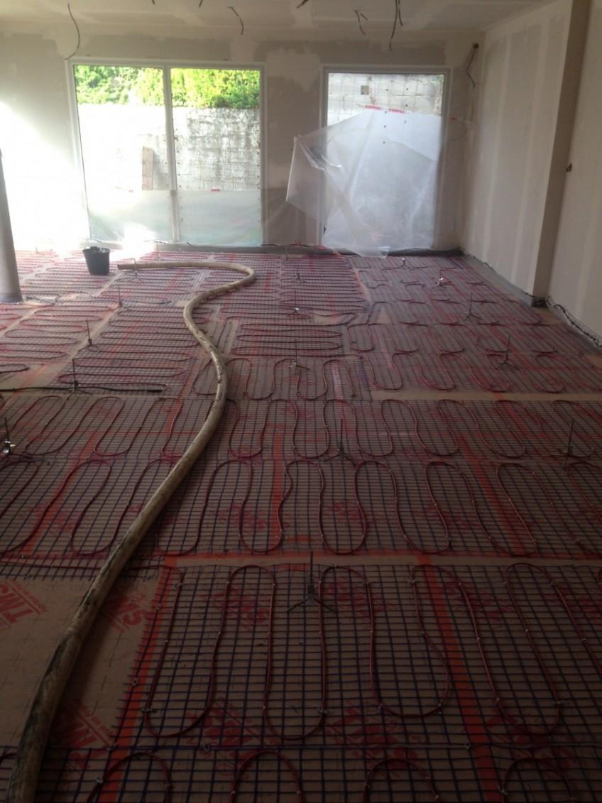 Chape fluide sur plancher électrique